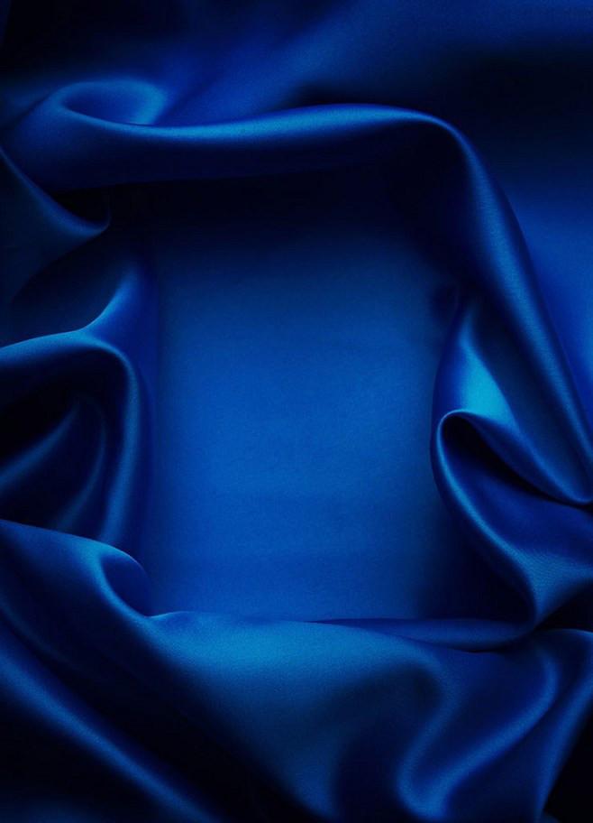 深蓝色绸质大气背景