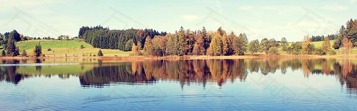 河边背景秋天