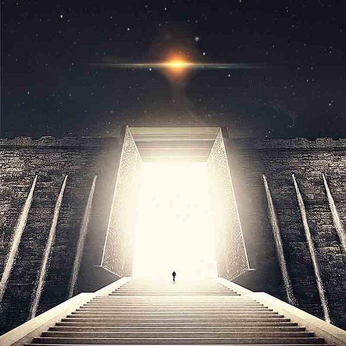 星空深邃孤独大门前进城墙大气主图