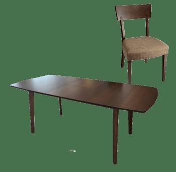 北欧风格餐桌
